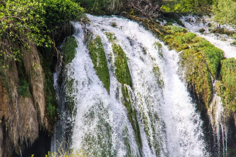 Kravice-Waterfall-photos-3