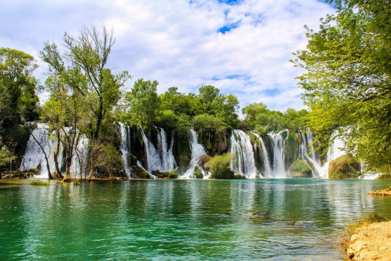 Kravice-Waterfall-photos-4