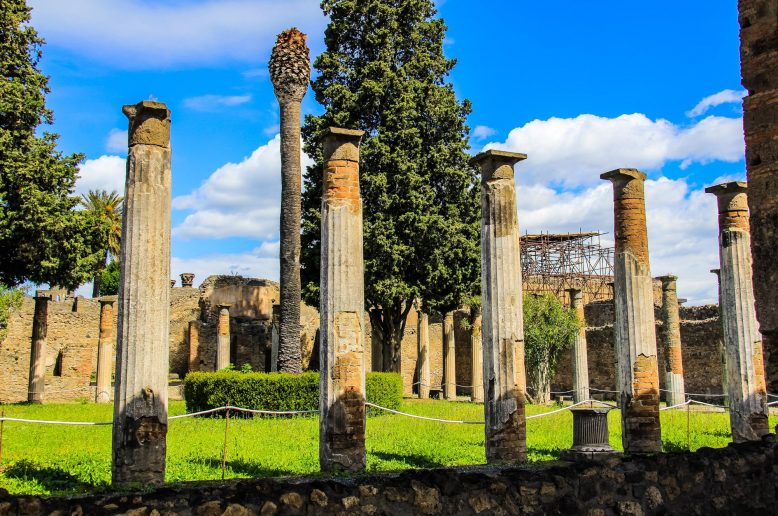 pompeii-italy-photos-7